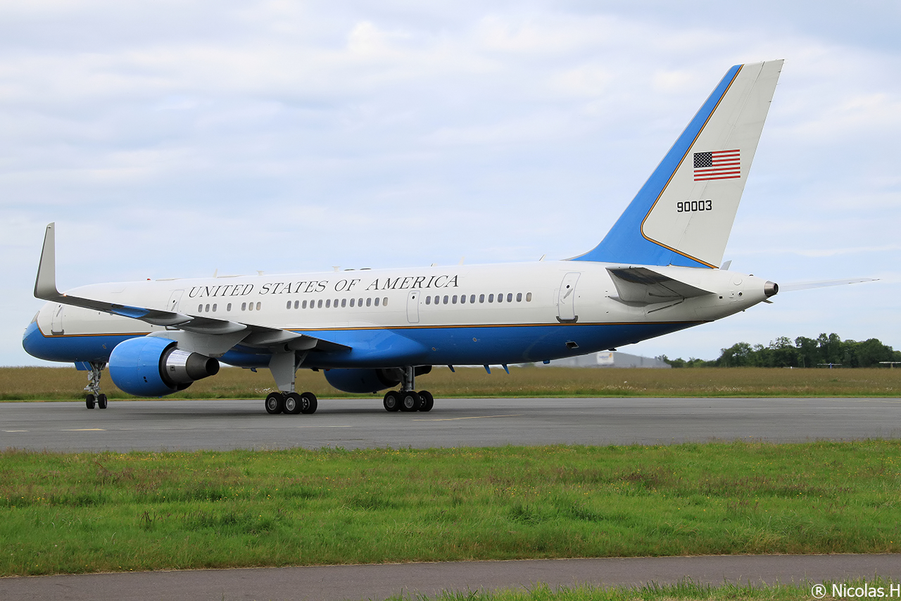 Boeing C-32A (757-200) 99-0003 United States of America le 09/06/2014 Img_0377-461a3c3